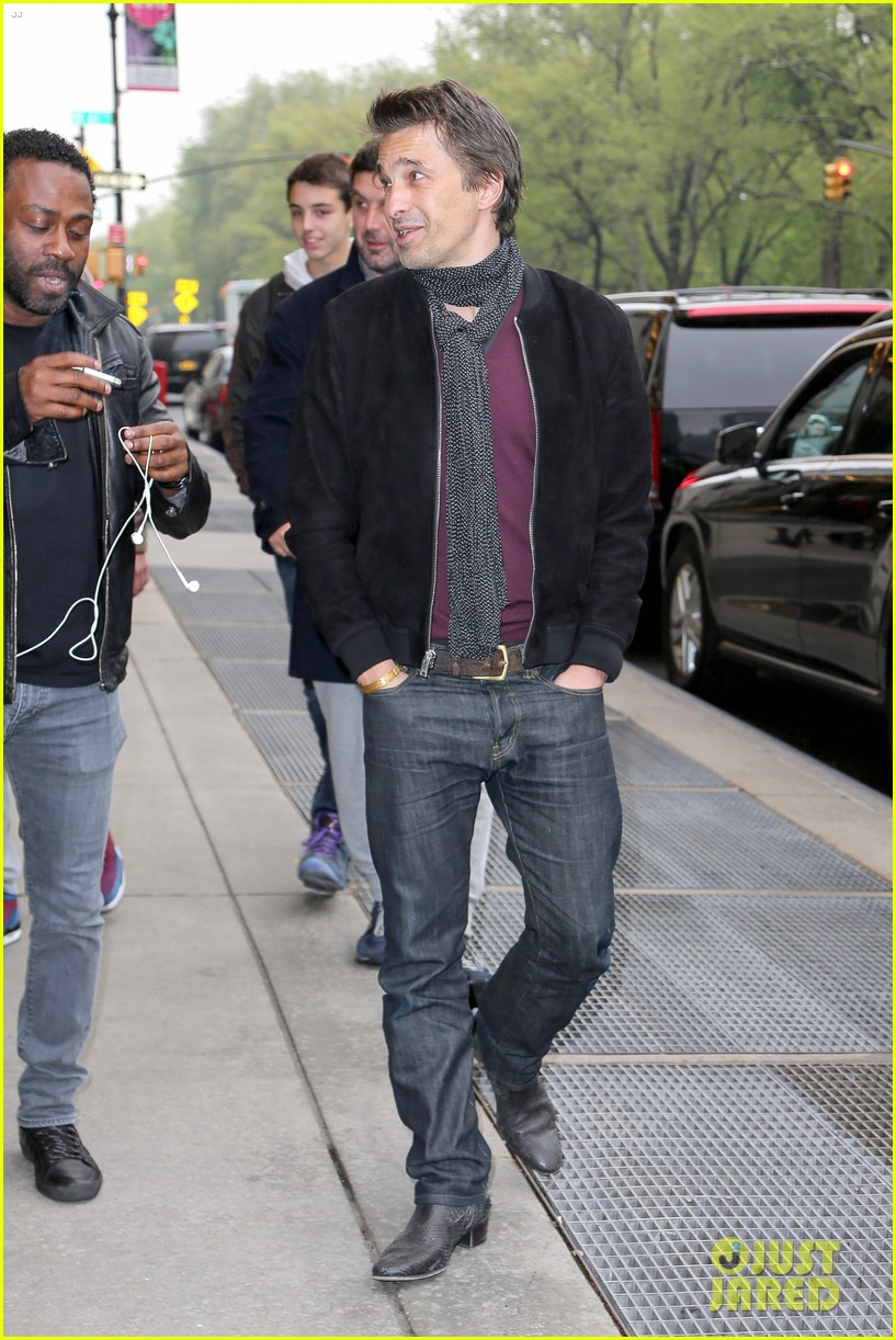 olivier martinez steps out in new york for ae upfronts 12