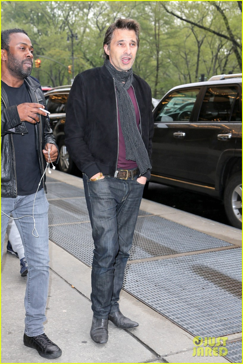 olivier martinez steps out in new york for ae upfronts 133109344