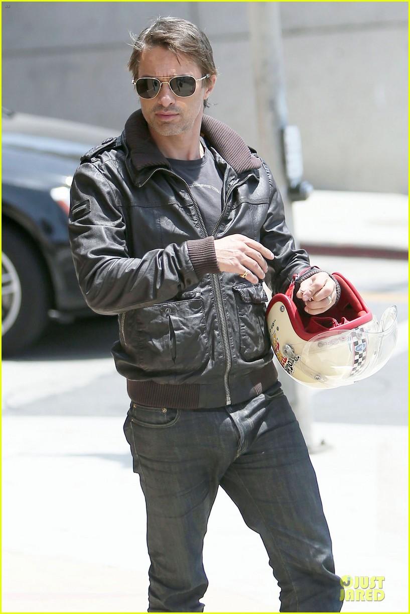 olivier martinez carrys motorcycle purse like a purse 173118677