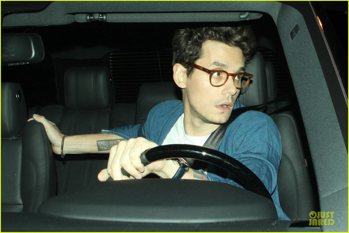 john mayer pays tribute to ferry victims 083109816