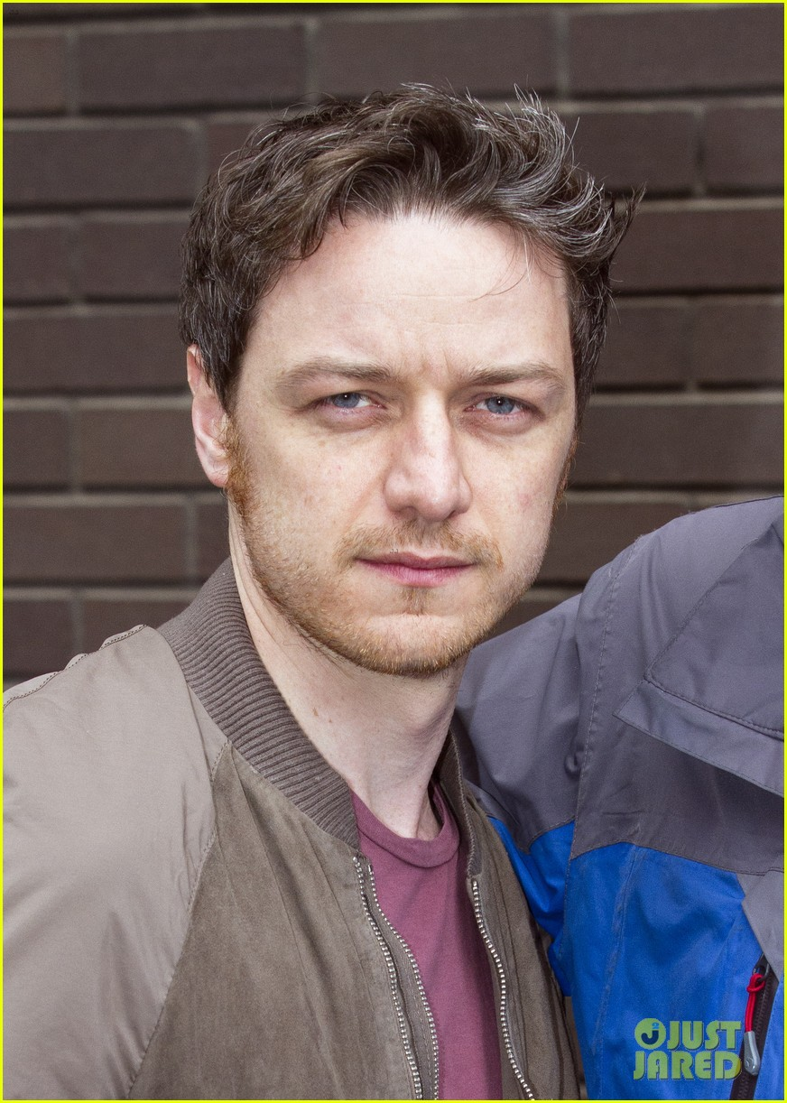 james mcavoy wanted to capture xaviers empathy for x men 023111402
