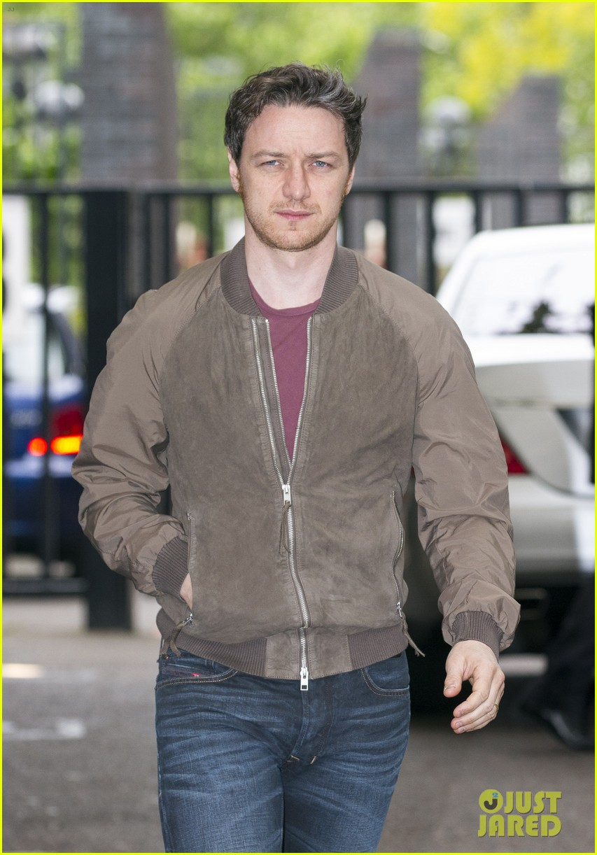 james mcavoy wanted to capture xaviers empathy for x men 033111403