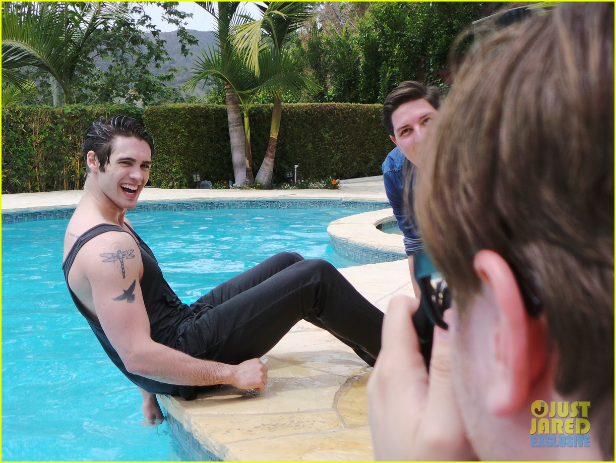 steven r mcqueen jj spotlight behind the scenes 033112512