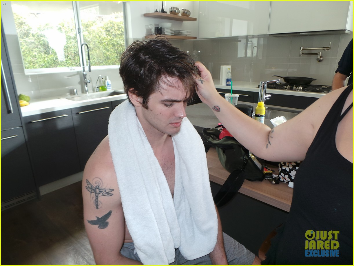steven r mcqueen jj spotlight behind the scenes 143112523