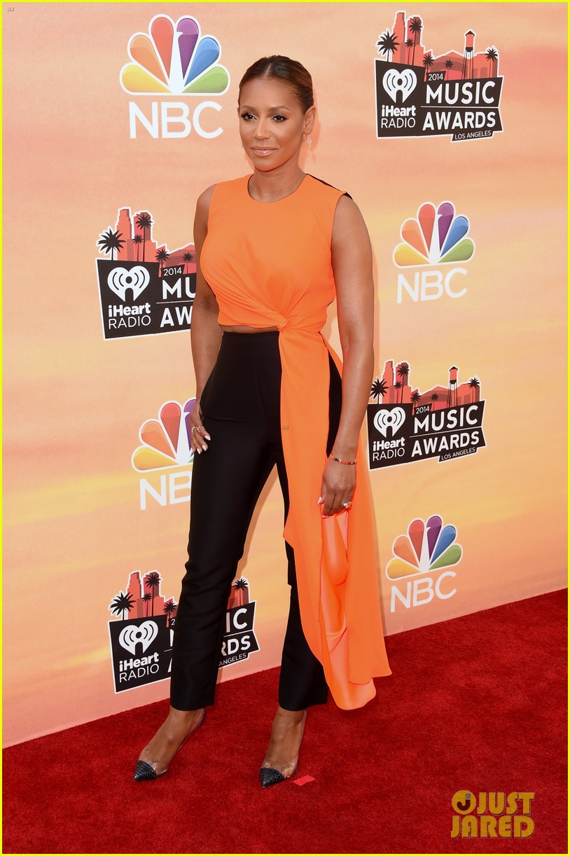 mel b linda perry iheartradio music awards 2014 063103302