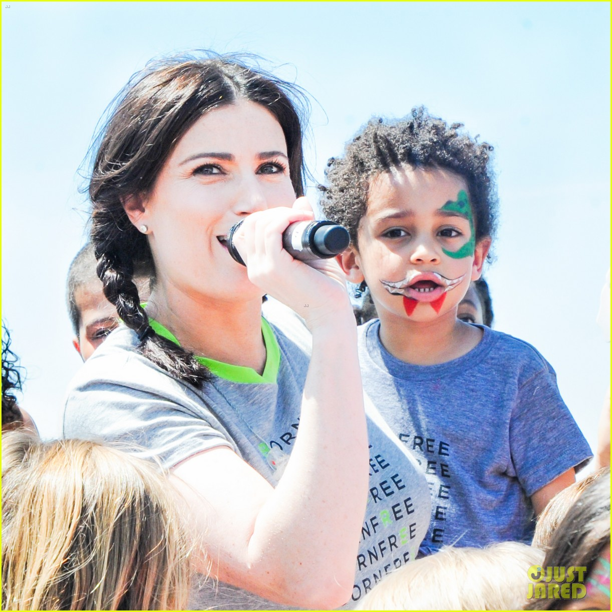 idina menzel takes son walker to born free africa festival 023111493
