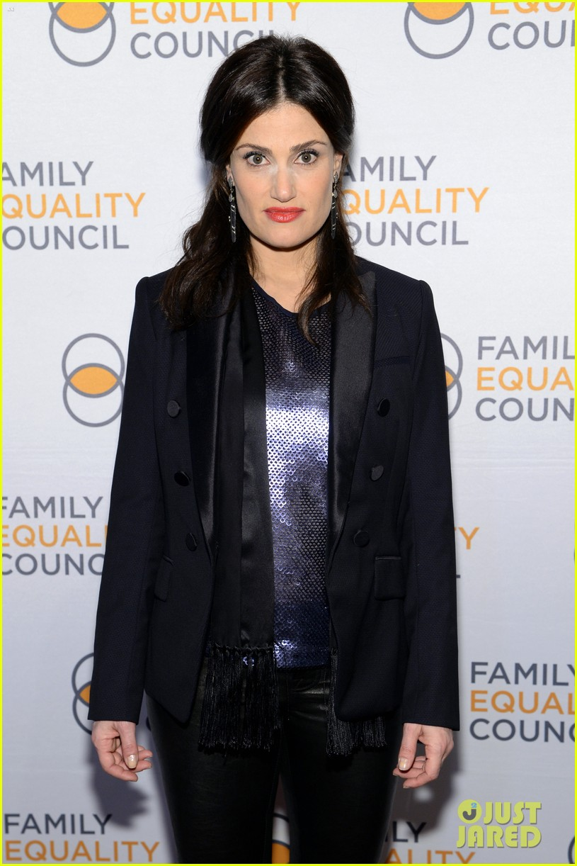 idina menzel belts it out for equality 073112599