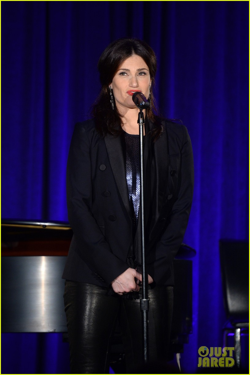 idina menzel belts it out for equality 133112605
