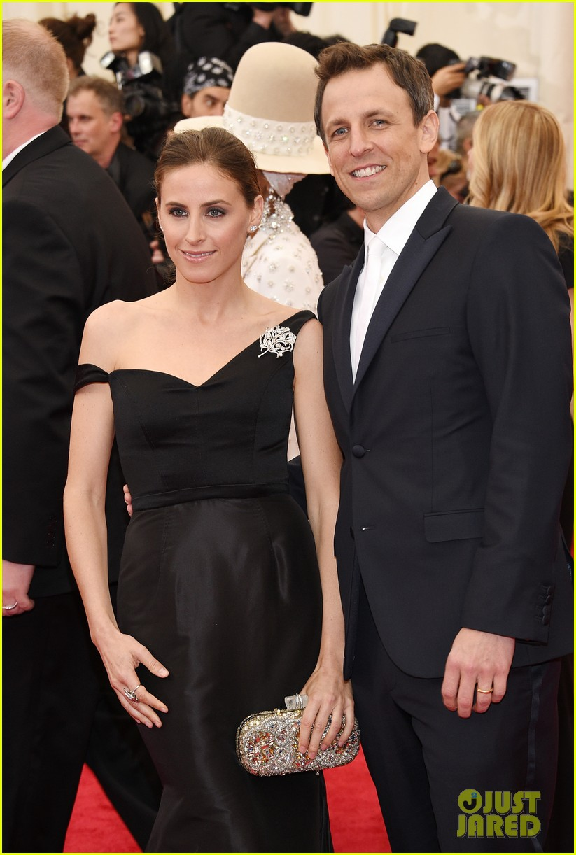 seth meyers brings wife alexi ashe to met ball 2014 023106508