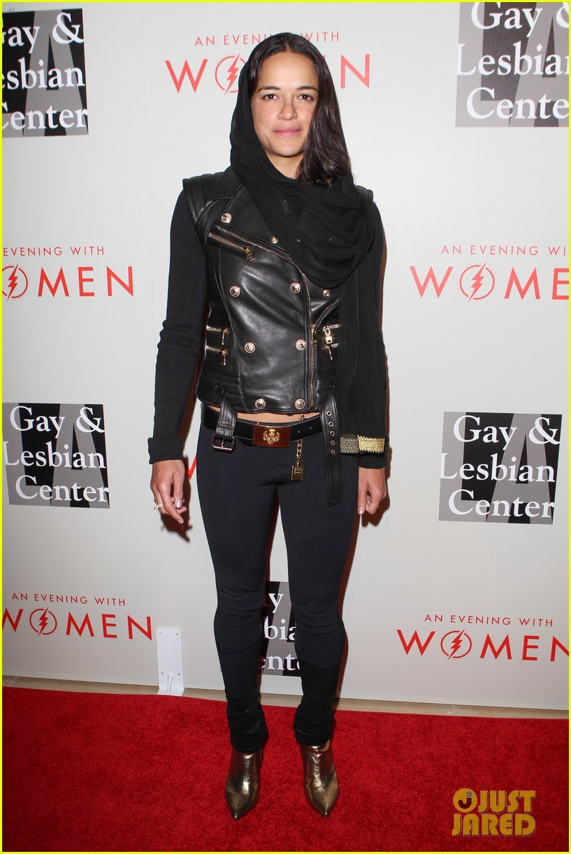 milla jovovich michelle rodriguez evening with women event 013110847