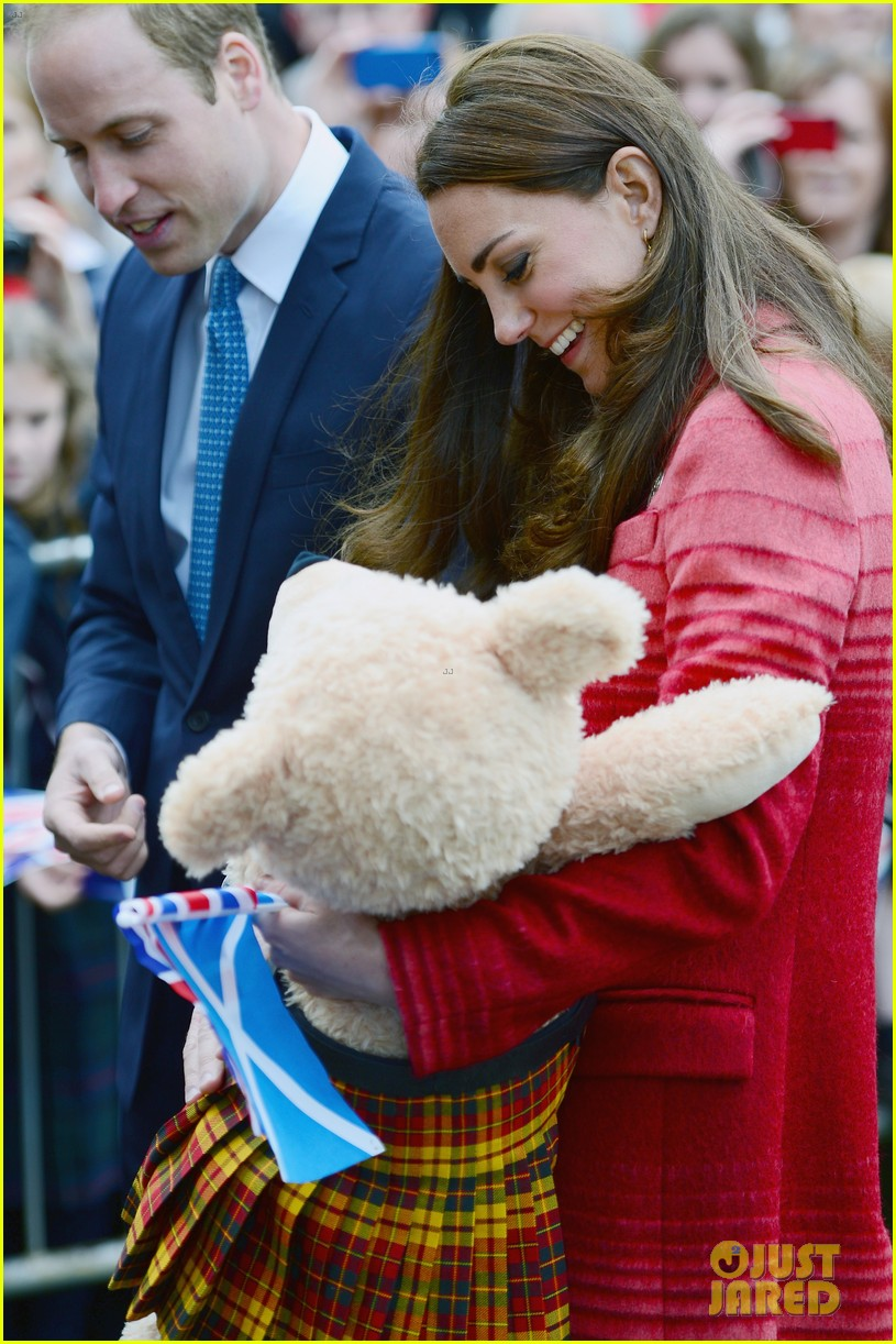 kate middleton prince william visit macrosty park in scotland 123123763