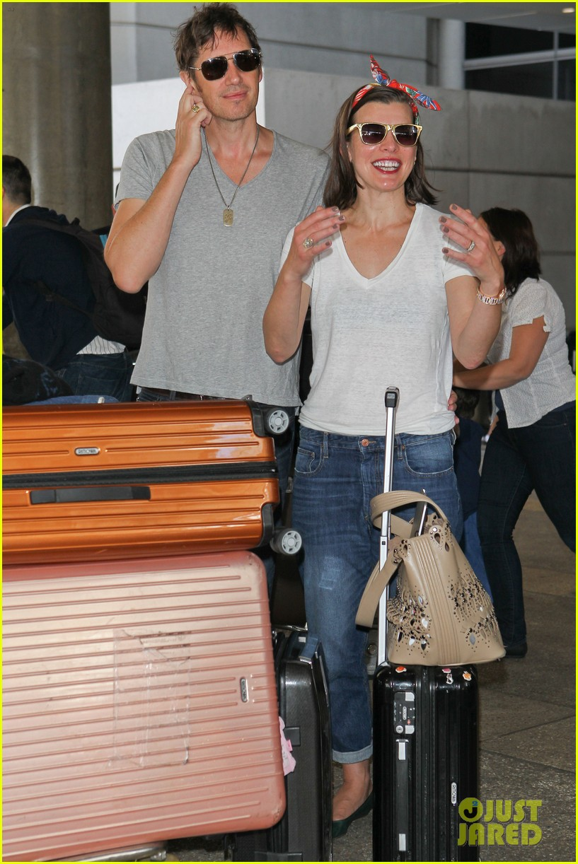 milla jovovich paul ws anderson look so in love 013123834