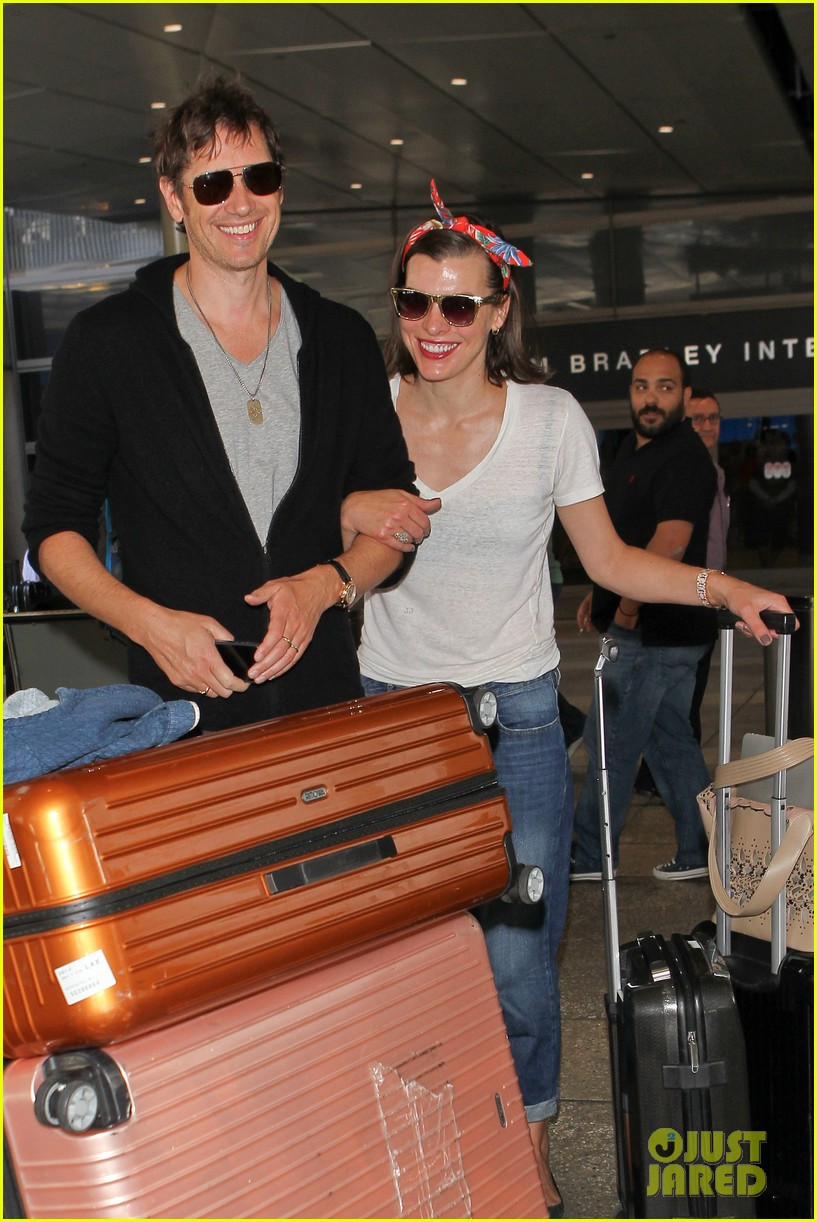 milla jovovich paul ws anderson look so in love 113123844