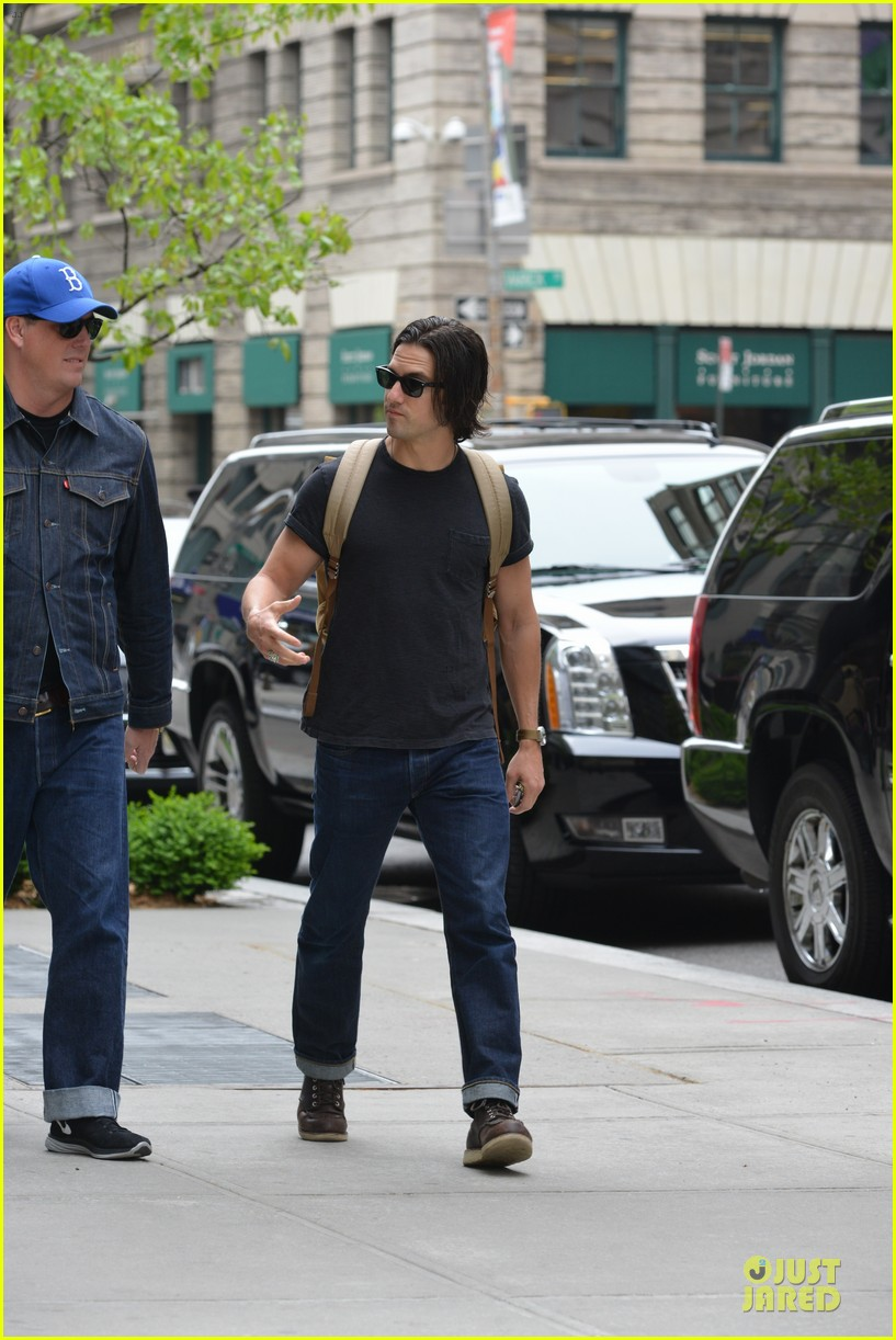 milo ventimiglia muscles in a tee in nyc 093115317