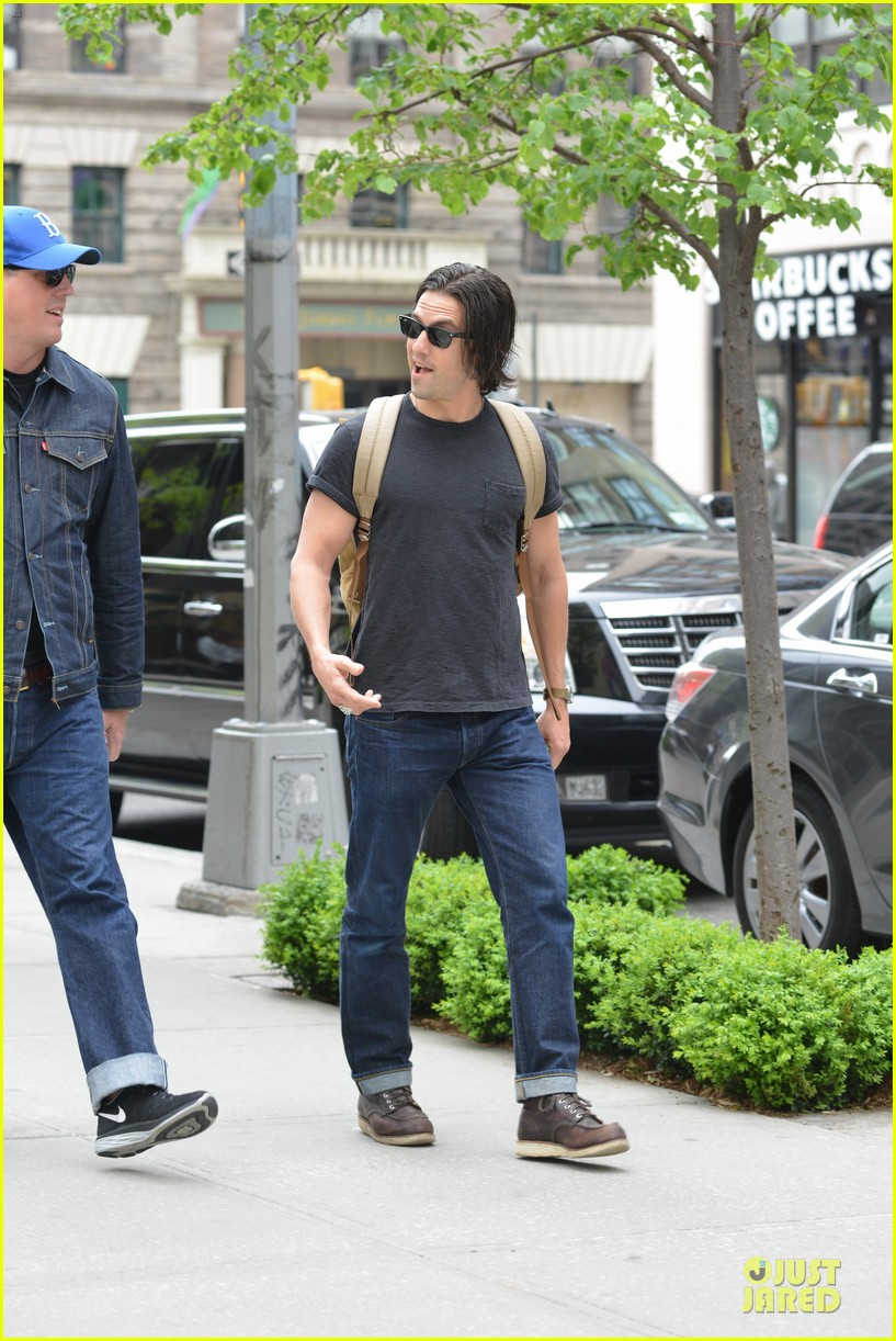 milo ventimiglia muscles in a tee in nyc 143115322