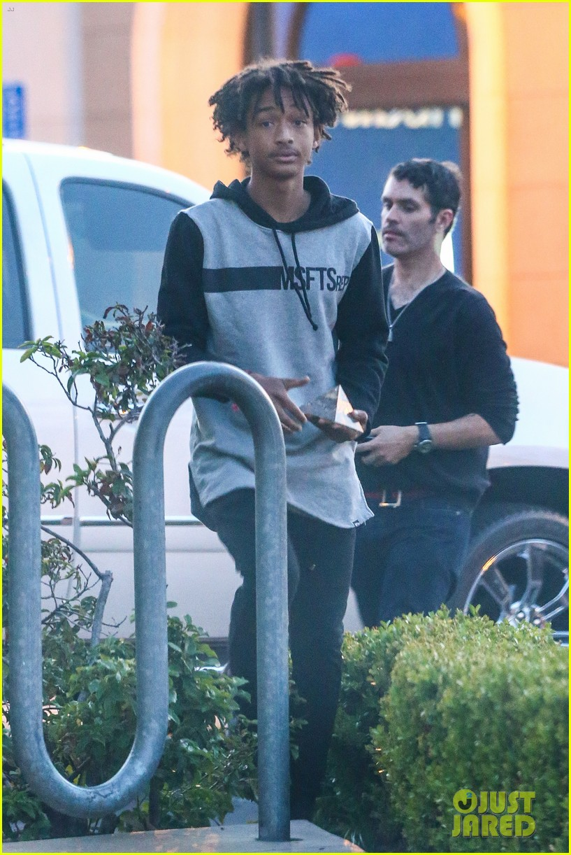 moises arias plays cool weho willow smith controversy 083110053