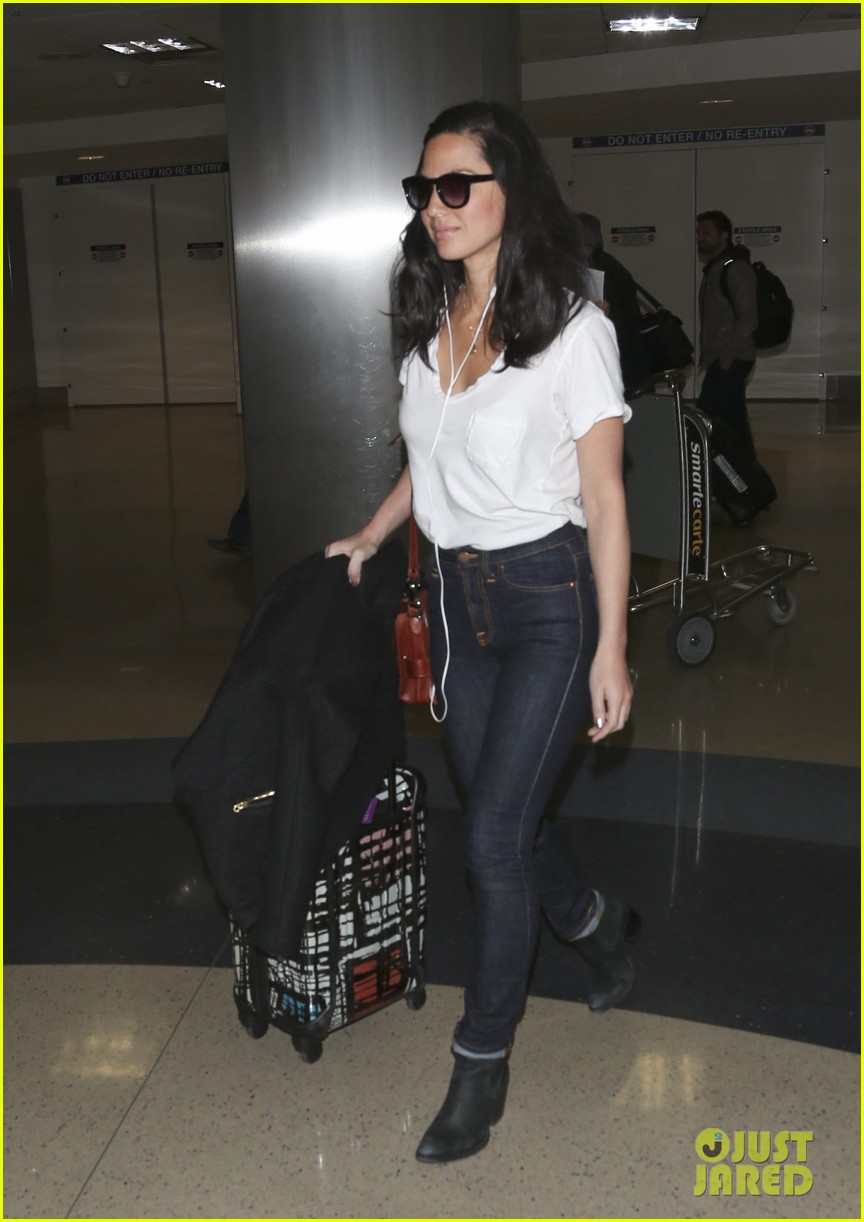 olivia munn has sadly never owned a ball gown 133108311