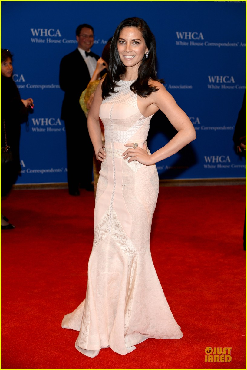 olivia munn class at white house dinner 023104615