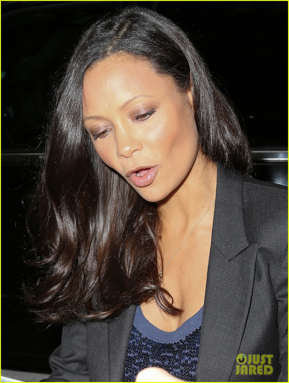 thandie newton talks giving birth at home 143119903