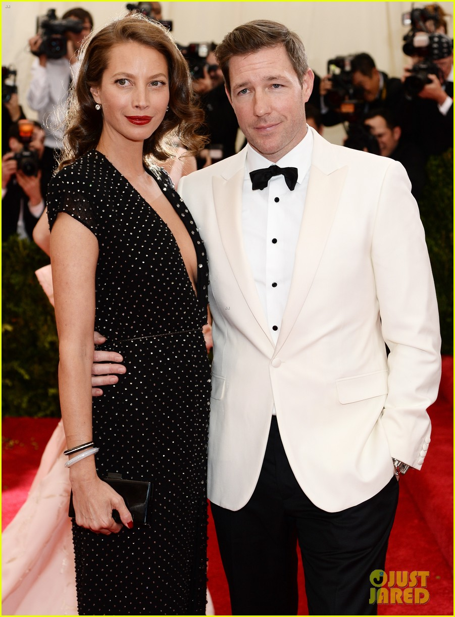 edward burns edward norton met ball 2014 02
