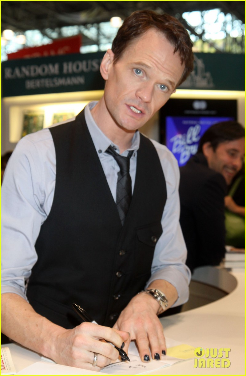 neil patrick harris will perform at the tonys 013124365