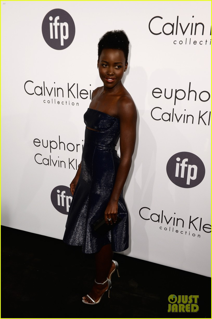 lupita nyongo rooney mara party with calvin klein at cannes 183114414