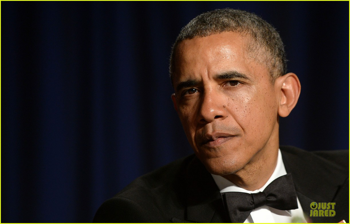 president obama shares jokes at white house correspondents dinner 2014 06