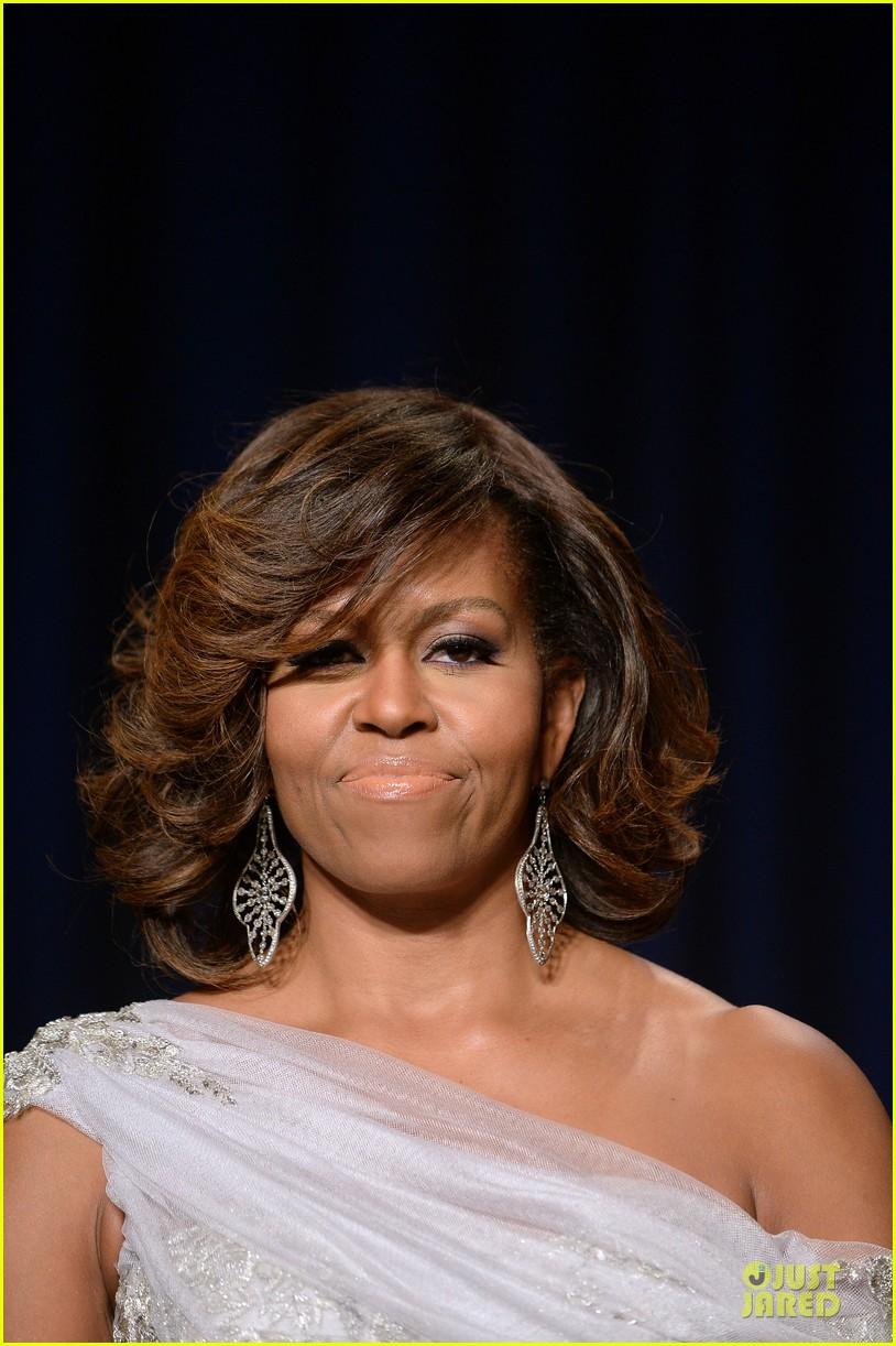 president obama shares jokes at white house correspondents dinner 2014 083104728