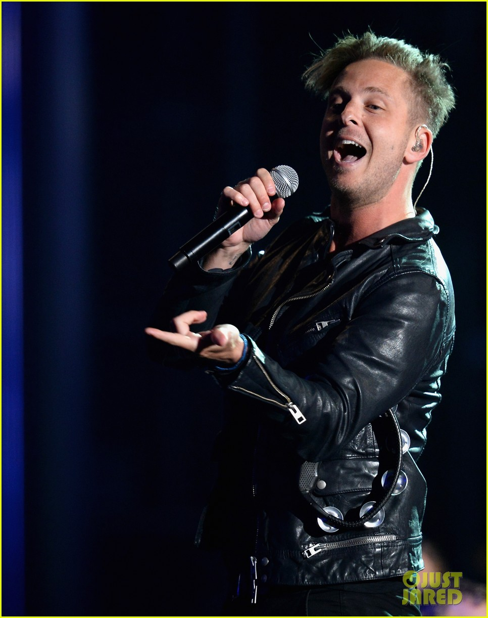 one repubic counting stars billboard music awards 2014 023116931
