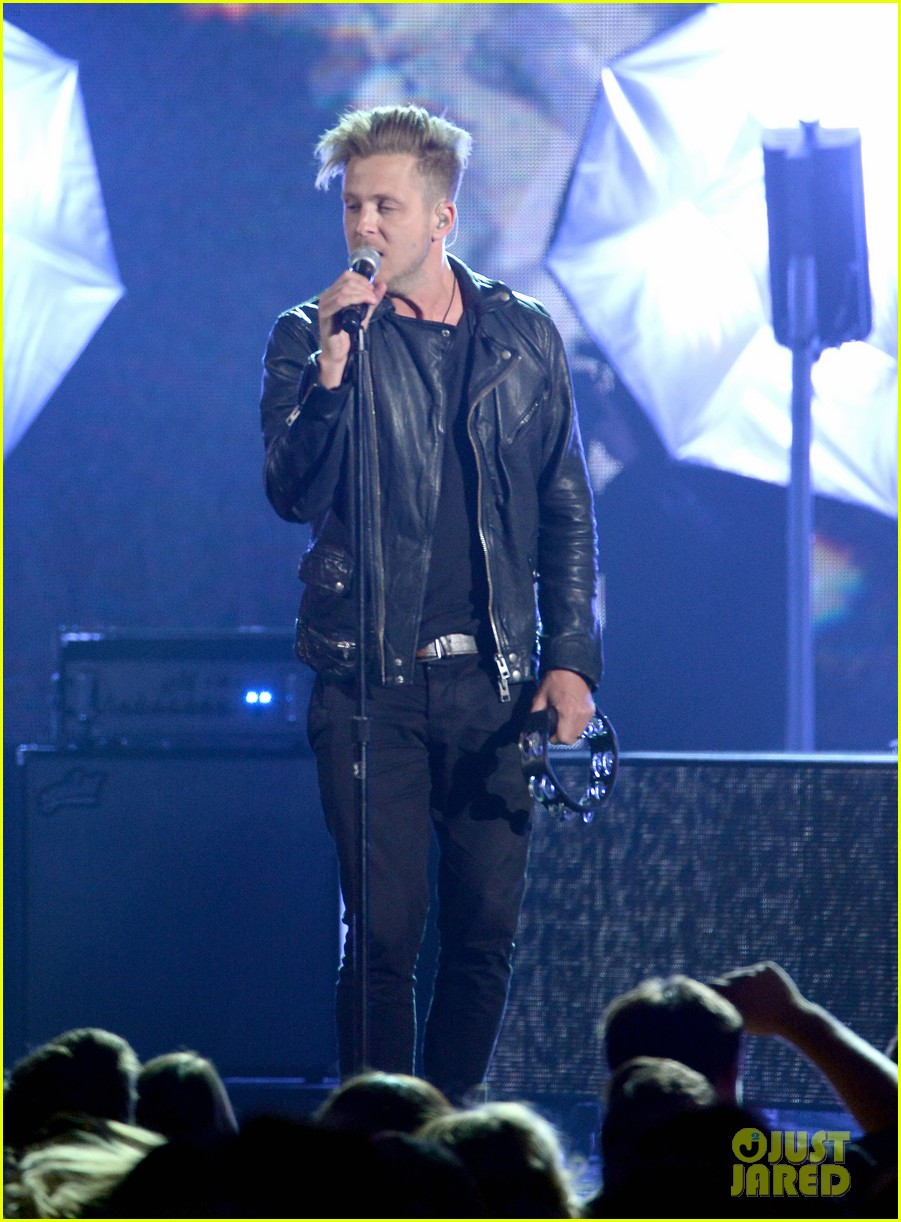 one repubic counting stars billboard music awards 2014 063116935