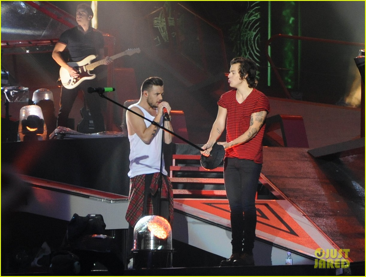 one direction sunderland concert pics 02