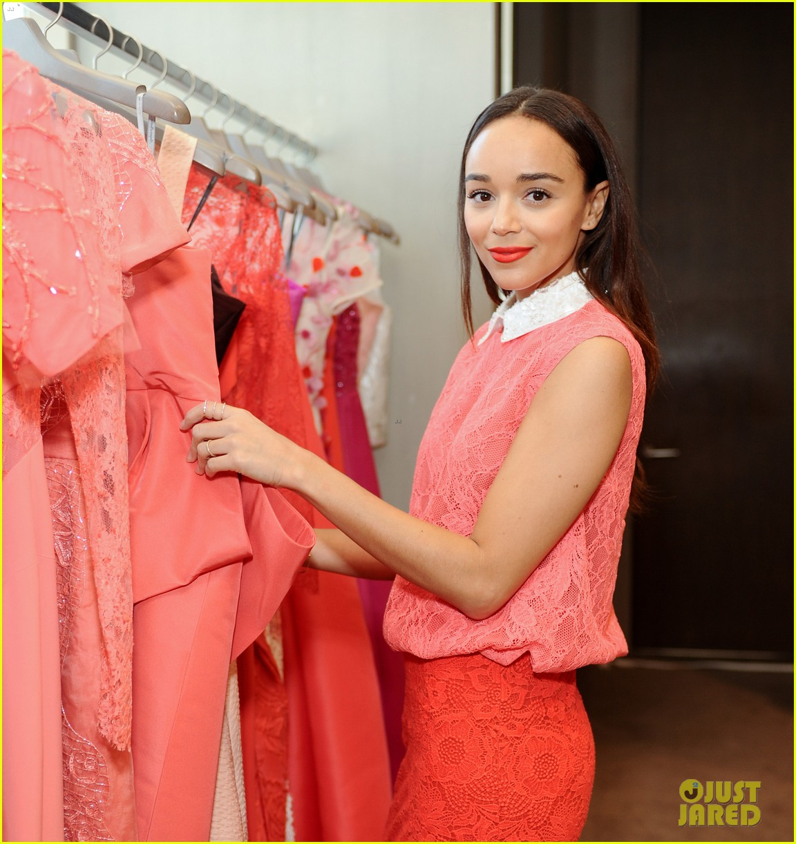 ashley madekwe ahna oreilly monique lhuillier fashion show 043119097