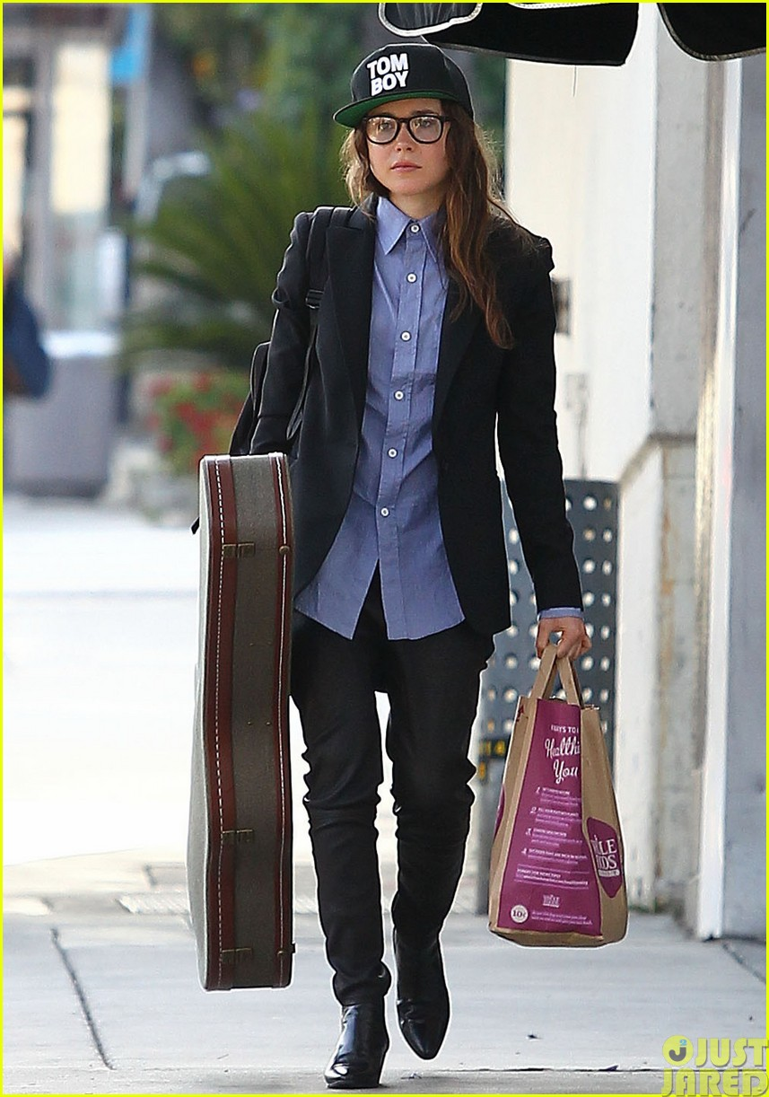 ellen page eats ikea takeout with justin bieber in her dreams193121035