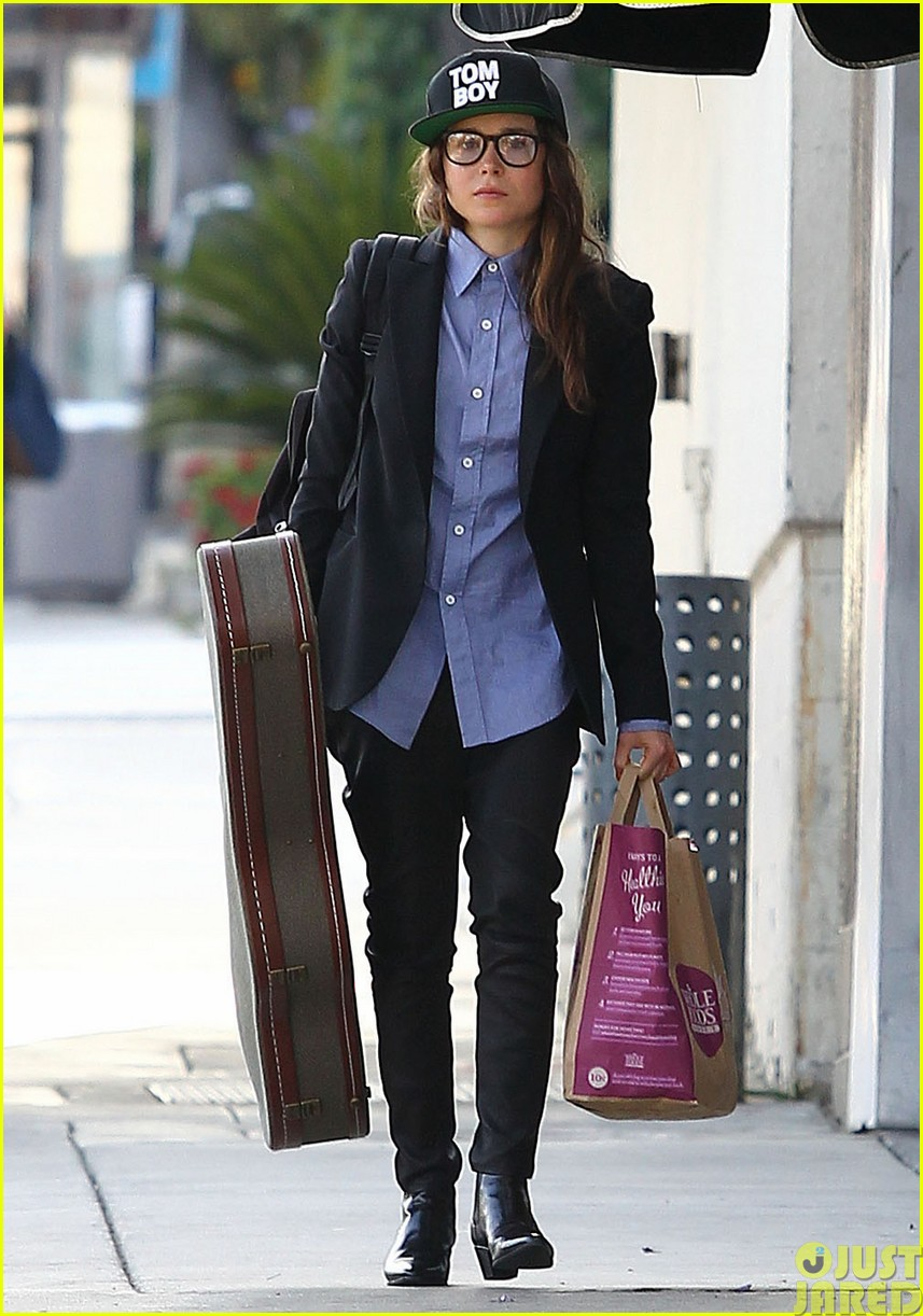 ellen page eats ikea takeout with justin bieber in her dreams213121037