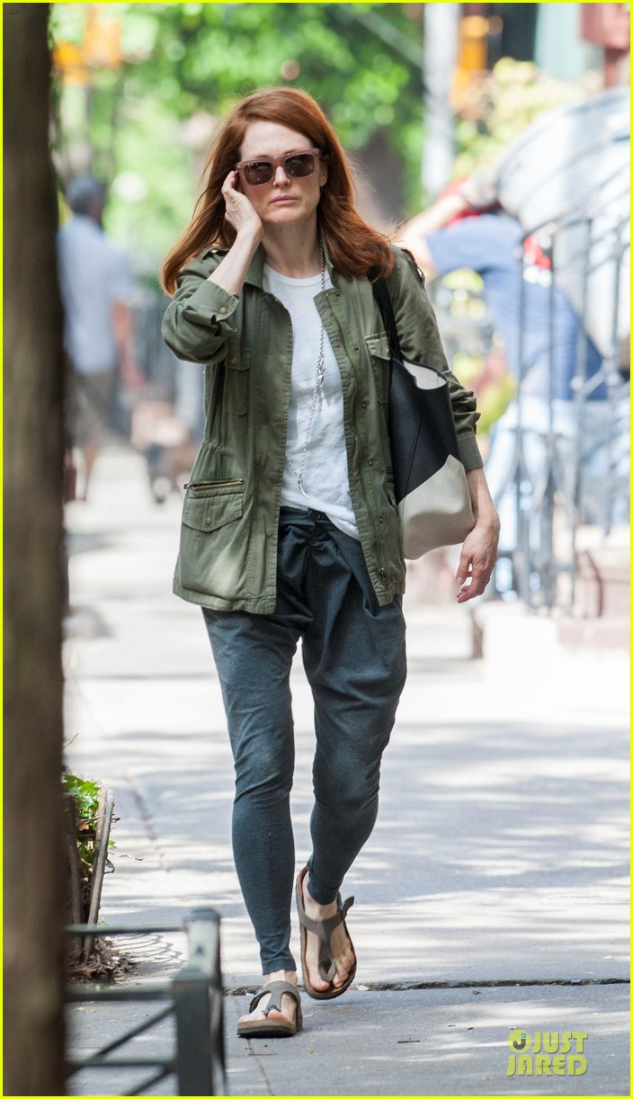 ellen page julianne moore chemistry for freeheld 053112236