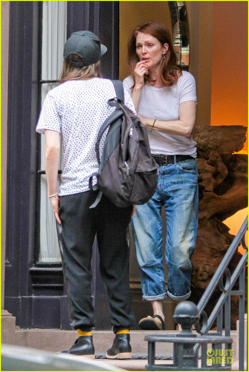 ellen page julianne moore chemistry for freeheld 173112248