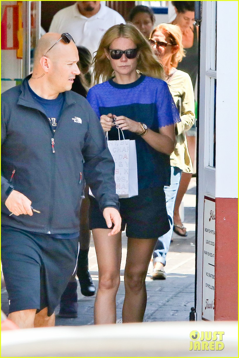 gwyneth paltrow steps out solo for memorial day 033122675