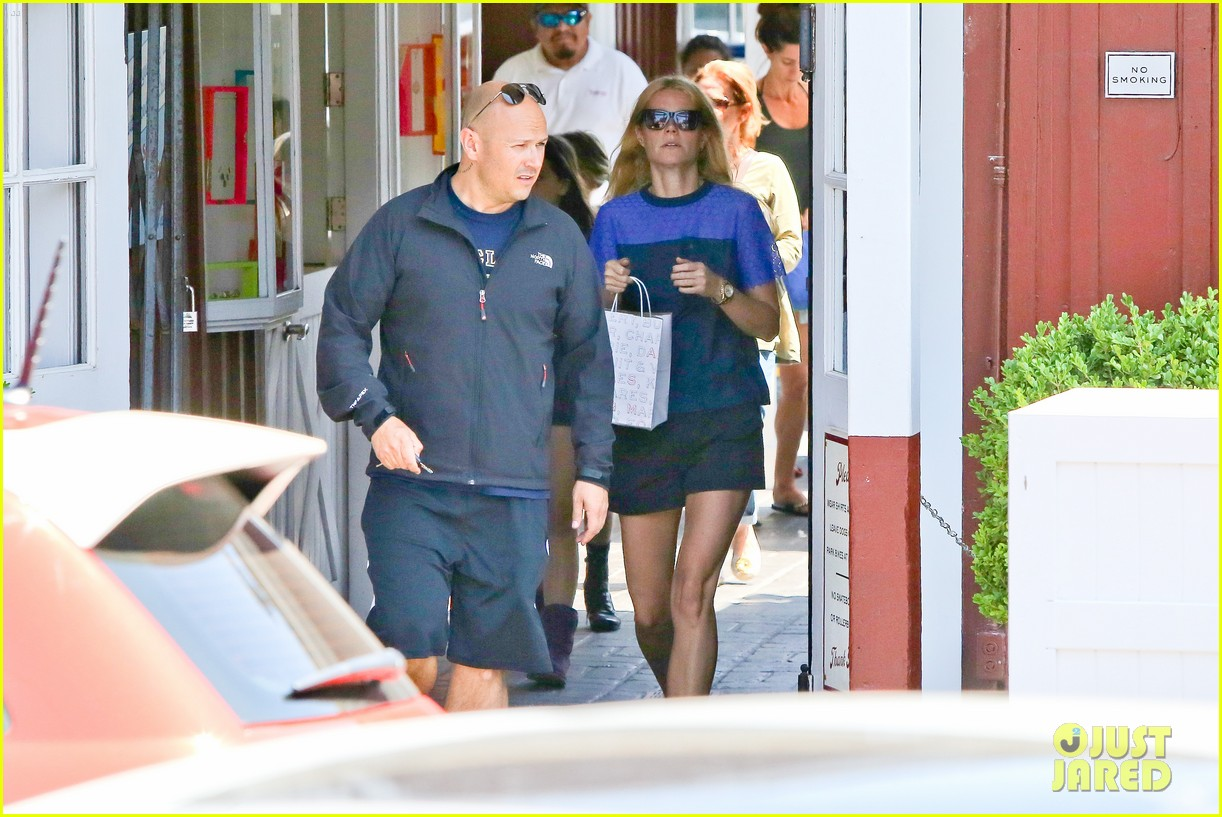 gwyneth paltrow steps out solo for memorial day 063122678