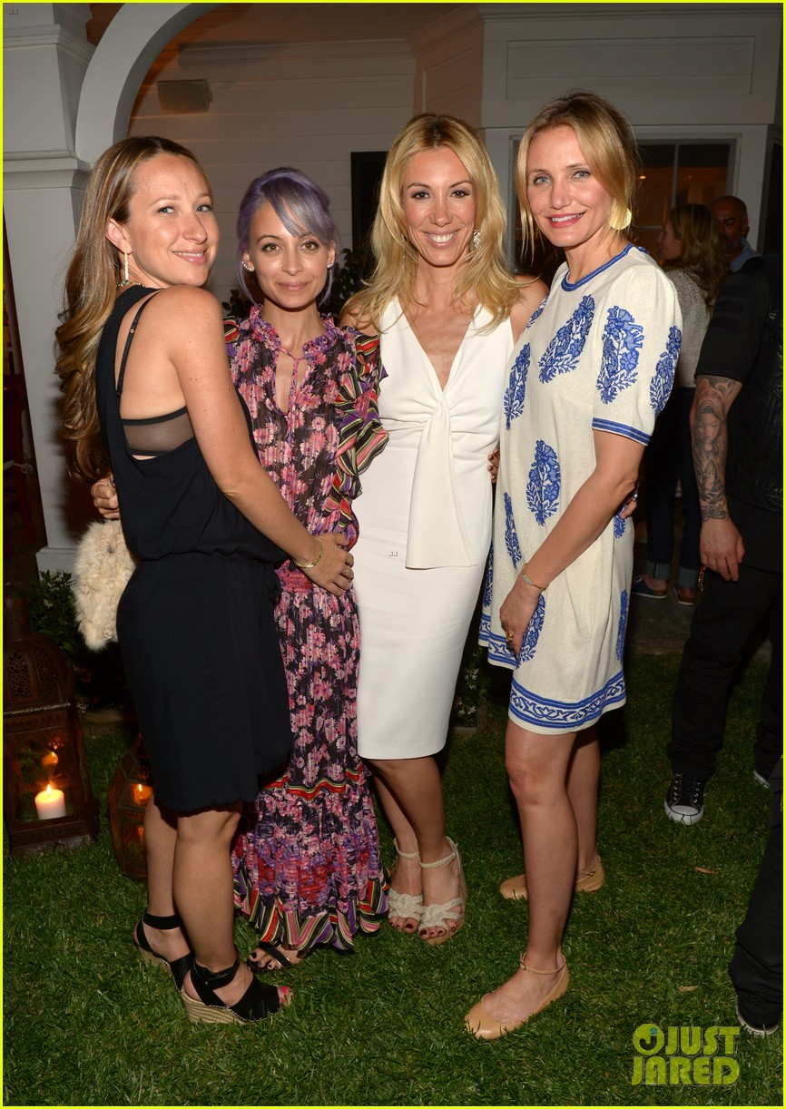 gwyneth paltrow cameron diaz show their support for vicky vlachonis 023114885