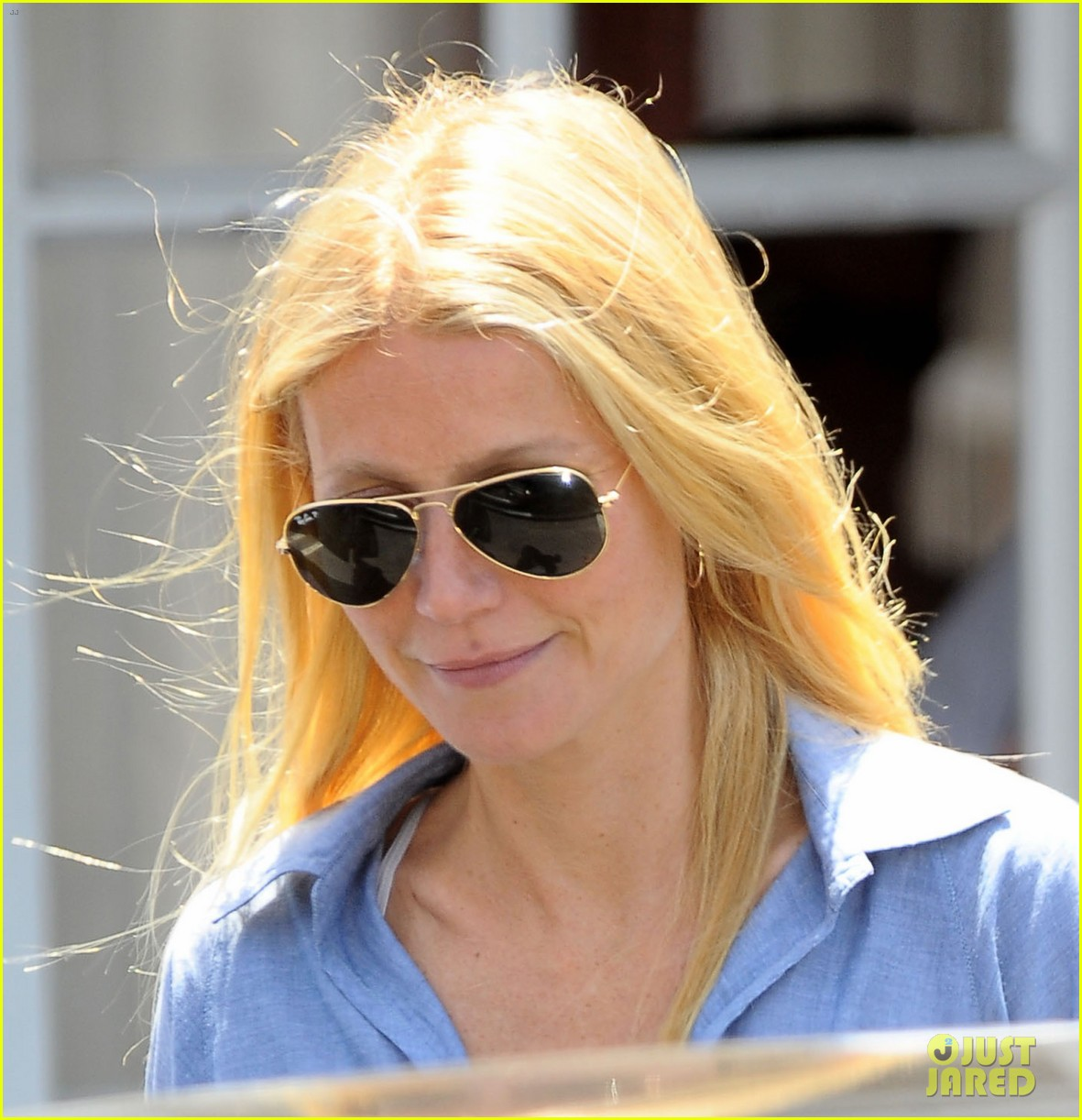 gwyneth paltrow writes blog post to end the mommy wars 143110417