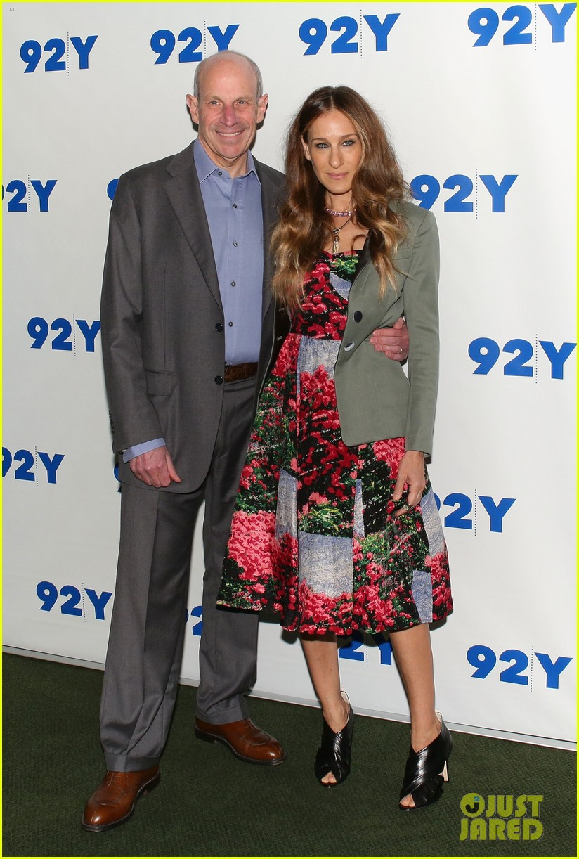 sarah jessica parker is spring ready for conversation with jonathan tisch 023114895
