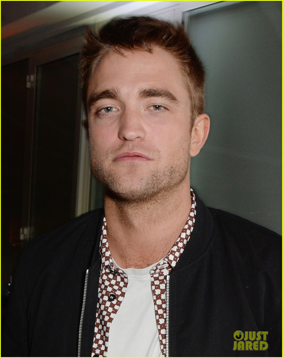 robert pattinson parties with hunger games stars in cannes 02