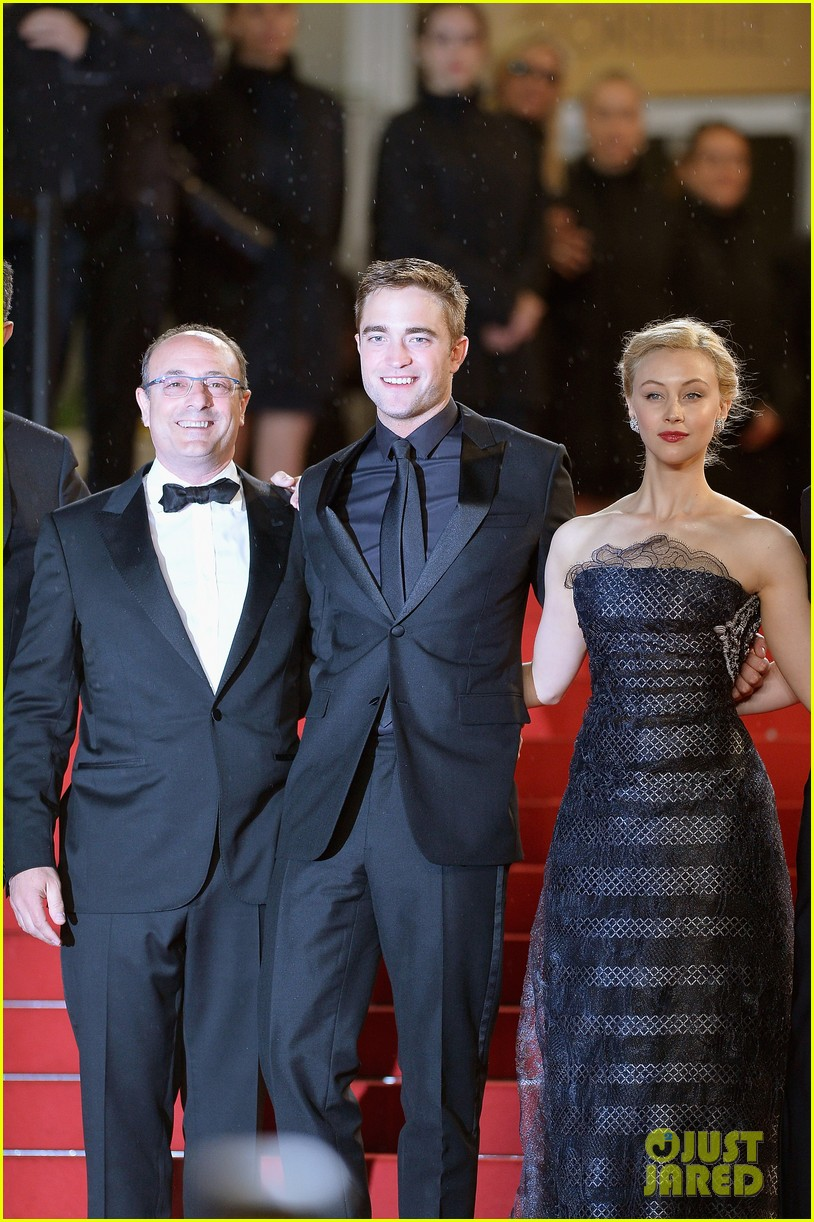 robert pattinson maps to the stars cannes premiere 14