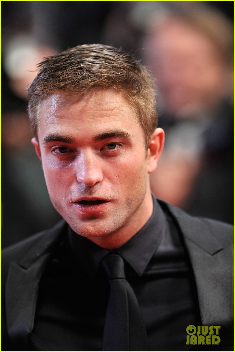 robert pattinson maps to the stars cannes premiere 223117614