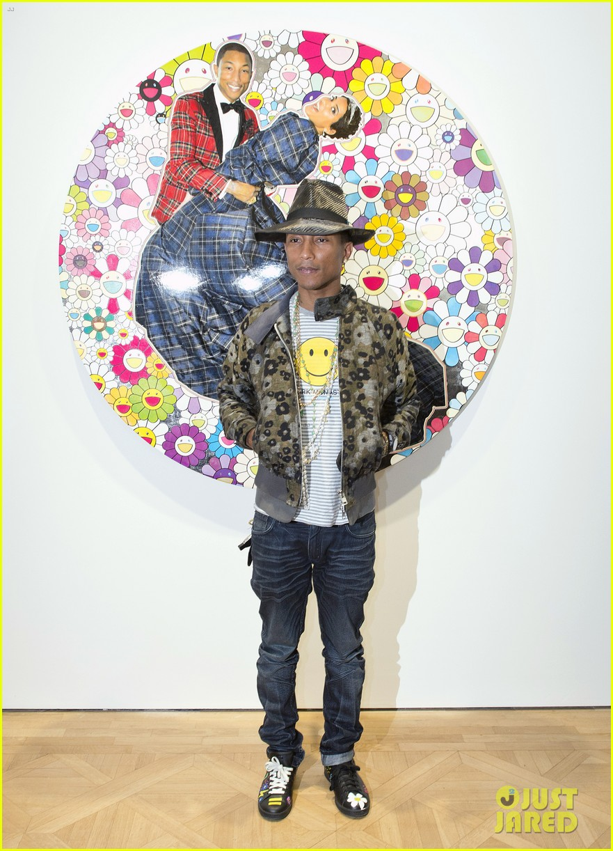 pharrell williams happy shirt paris art gallery opening 013122413