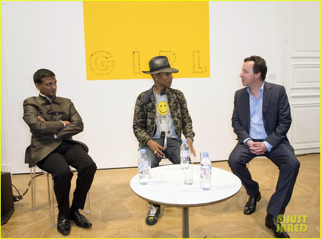 pharrell williams happy shirt paris art gallery opening 053122417