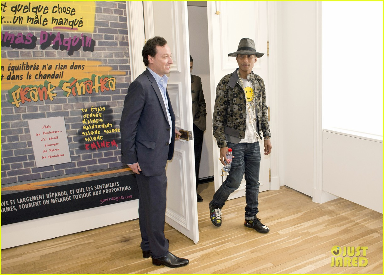 pharrell williams happy shirt paris art gallery opening 073122419