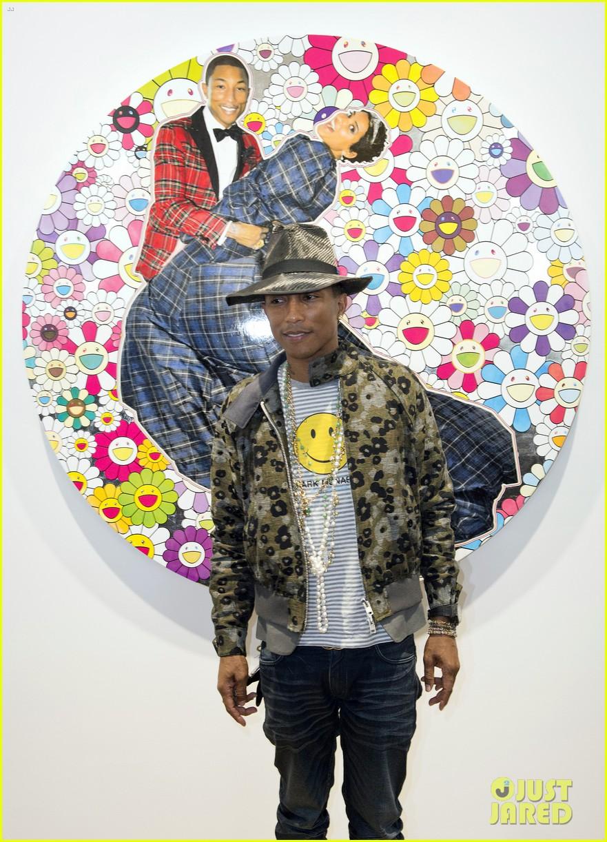 pharrell williams happy shirt paris art gallery opening 093122421