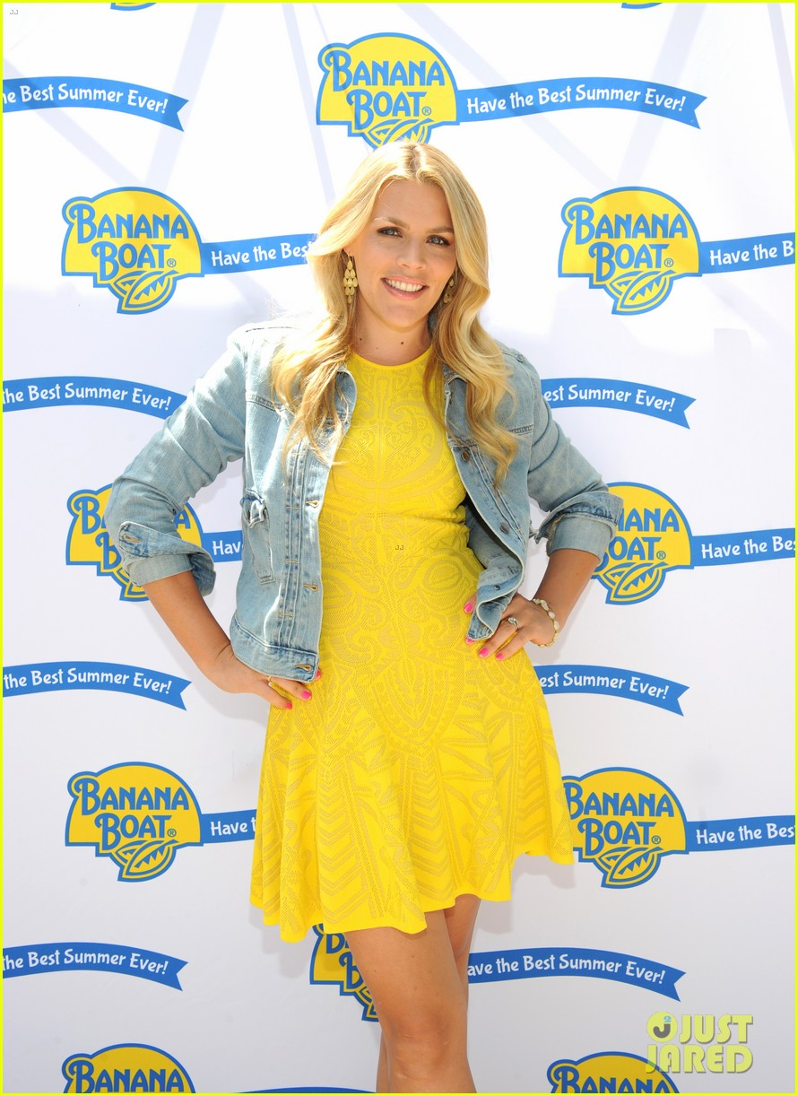 busy philipps gwyneth paltrow truth about motherhood 063124461