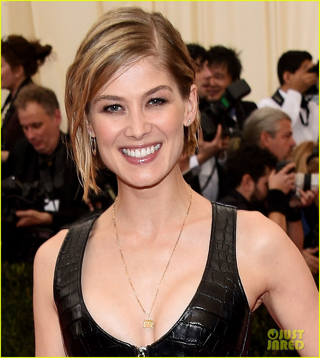 rosamund pike met ball 2014 013106565